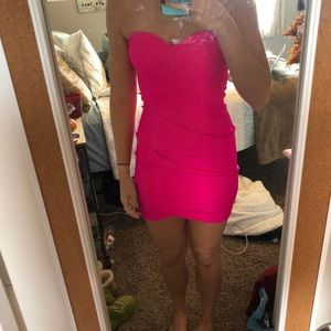 HOT PINK BODYCON